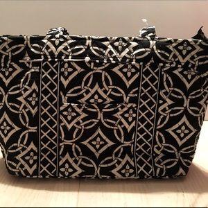 🌟Vera Bradley Tote Bag B/W In Signature Cotton